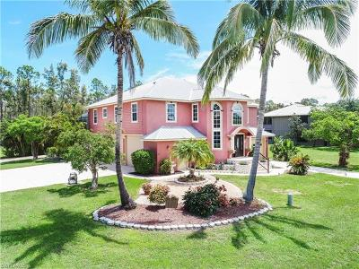 Naples Single Family Home For Sale: 3961 Skyway Dr #11
