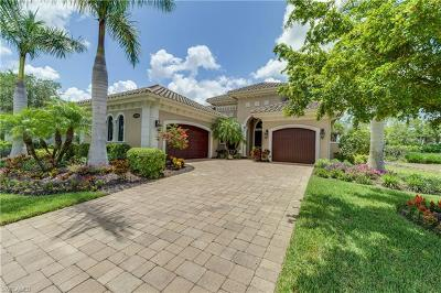 Naples Single Family Home For Sale: 8548 Majorca Ln