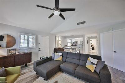 Naples Condo/Townhouse For Sale: 3088 Kings Lake Blvd #7576