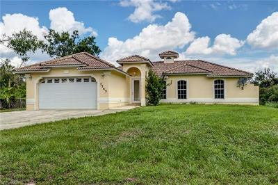 Naples Single Family Home For Sale: 3765 SE 22nd Ave