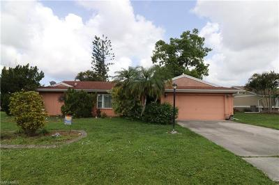 Naples Single Family Home For Sale: 9657 Oxford St