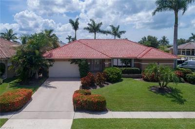 Marco Island Single Family Home For Sale: 29 Algonquin Ct