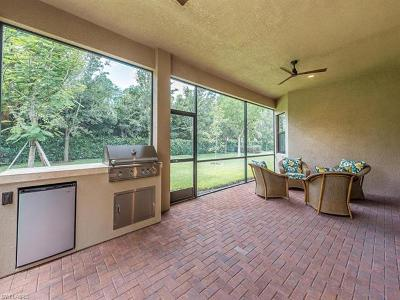 Naples Single Family Home For Sale: 3187 Pacific Dr