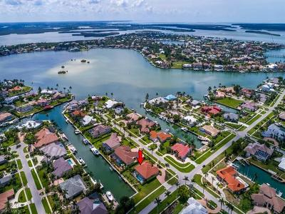 Marco Island Single Family Home For Sale: 1400 Salvadore Ct