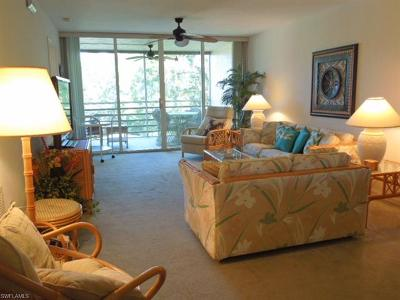 Naples Condo/Townhouse For Sale: 15191 Cedarwood Ln #2404