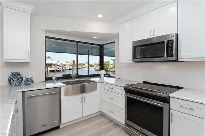 Marco Island Single Family Home For Sale: 230 Geranium Ct