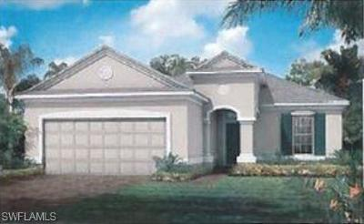 Cape Coral Single Family Home For Sale: 2636 Cayes Cir