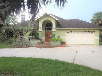 Golden Gate Estates Single Family Home For Sale: 740 SW 31st St