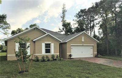 Bonita Springs Single Family Home For Sale: 4583 Catalina Ln