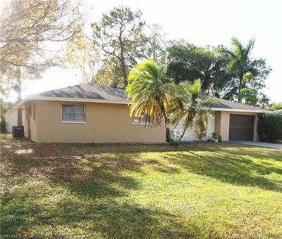 Naples Single Family Home For Sale: 1009 Rose Way
