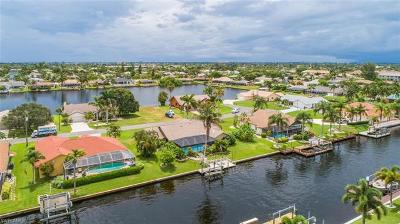 Cape Coral Single Family Home For Sale: 4520 SW 5th Ave