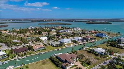 Marco Island Single Family Home For Sale: 900 Scott Dr