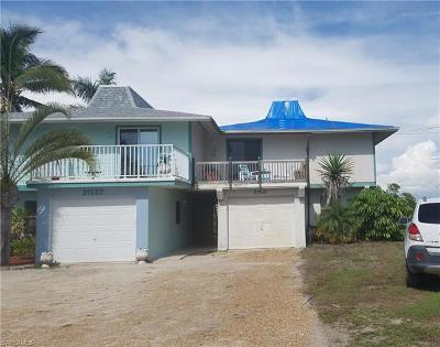 Fort Myers Beach Single Family Home For Sale: 21531 Widgeon Ter