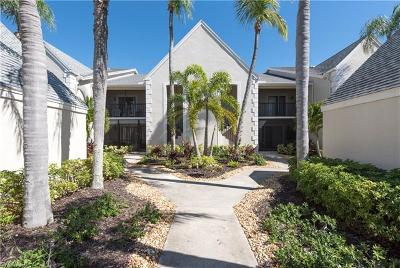 Fort Myers Condo/Townhouse For Sale: 16351 Kelly Woods Dr #174