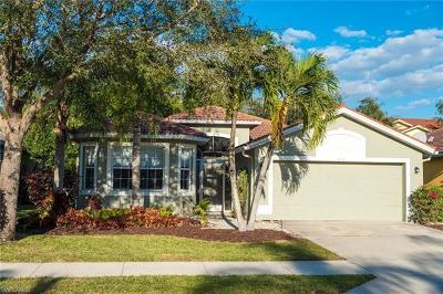 Naples Single Family Home For Sale: 8230 Laurel Lakes Blvd