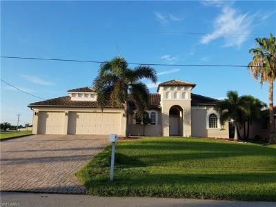 Cape Coral Single Family Home For Sale: 2740 SW 42nd Ln