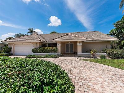 Naples Single Family Home For Sale: 700 Ketch Dr