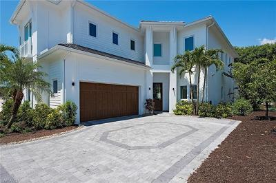 Naples Single Family Home For Sale: 9261 Mercato Way
