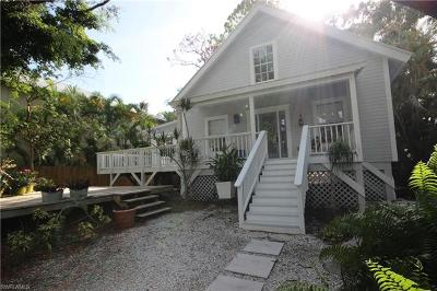 Naples Single Family Home For Sale: 2180 Frederick St