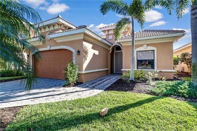 Naples Single Family Home For Sale: 1374 Serrano Cir