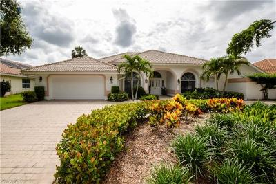 Naples Single Family Home For Sale: 821 Wyndemere Way
