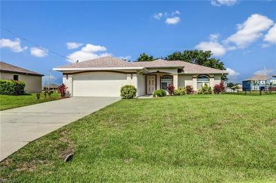 Cape Coral Single Family Home For Sale: 4537 SW 10th Ave