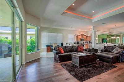 Naples Single Family Home For Sale: 2885 Lone Pine Ln