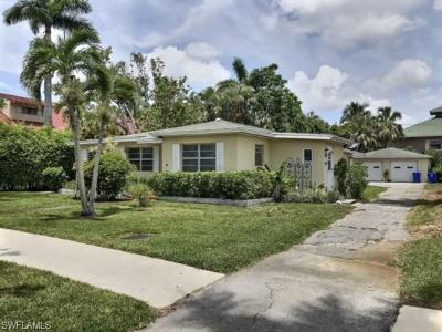 Single Family Home For Sale: 385 S 8th Ave