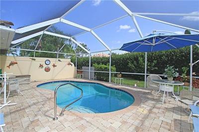 Naples Single Family Home For Sale: 4284 Redonda Ln