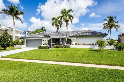 Marco Island Single Family Home For Sale: 1201 Ludlam Ct