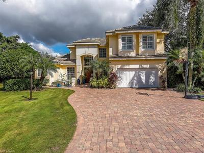 Naples Single Family Home For Sale: 8040 Cadiz Ct