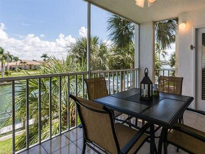 Marco Island Condo/Townhouse For Sale: 889 Collier Ct #2-305