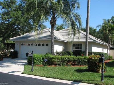Naples Single Family Home For Sale: 118 Fountain Cir