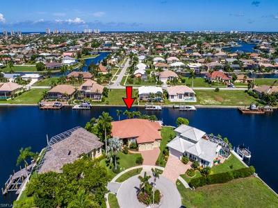 Marco Island Single Family Home For Sale: 1766 Maywood Ct
