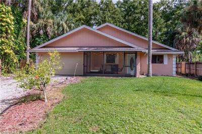 Naples Single Family Home For Sale: 2161 SW 16th Ave