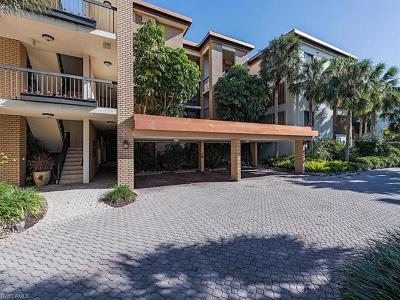 Condo/Townhouse For Sale: 6770 Pelican Bay Blvd #221