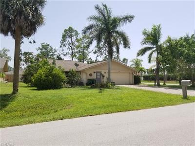 Naples Single Family Home For Sale: 204 Madison Dr