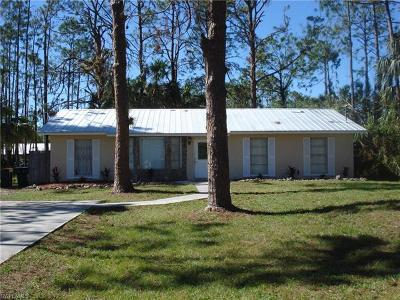 Naples Single Family Home For Sale: 145 NW 3rd St
