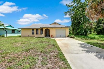 Bonita Springs Single Family Home For Sale: 60 1st St
