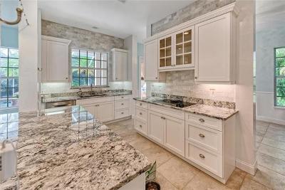 Naples Single Family Home For Sale: 548 Carpenter Ct