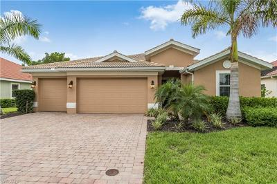 Bonita Springs Single Family Home For Sale: 10195 Avonleigh Dr