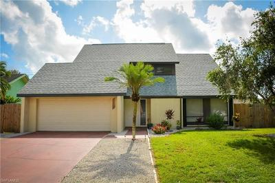 Naples Single Family Home For Sale: 2600 SW 44th St