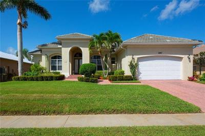 Marco Island Single Family Home For Sale: 260 Copperfield Ct