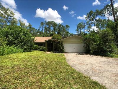 Naples Single Family Home For Sale: 5111 Coral Wood Dr