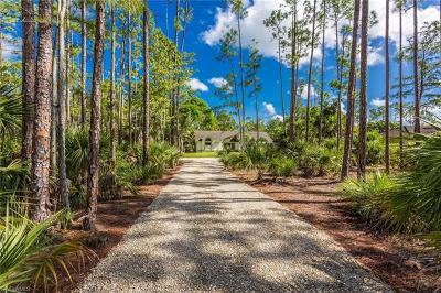 Naples Single Family Home For Sale: 5991 Golden Oaks Ln