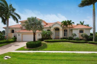 Marco Island Single Family Home For Sale: 901 E Inlet Dr