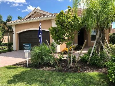 Fort Myers Single Family Home For Sale: 11619 Meadowrun Cir