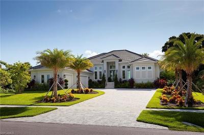Marco Island Single Family Home For Sale: 1070 Caxambas Dr