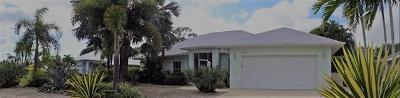 Bonita Springs Single Family Home For Sale: 27540 Garrett St