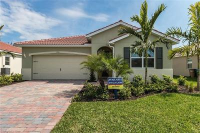 Cape Coral Single Family Home For Sale: 2881 Sunset Pointe Cir